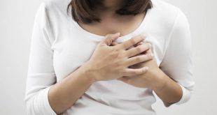 صور الام الثدي من اعراض الحمل , كل اعراض الحمل مختلفة عن بعضها