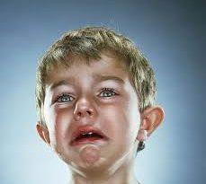 صور صور بكاء اطفال , خلفيات اطفال تبكي بشدة