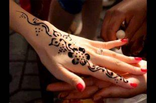صور رسم حنه على اليد بسيطه , صور بعض من النساء التي يحبوا وضع الحنه على اليد